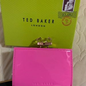 TED BAKER WALLET PINK NWT. TANAGO CRYSTAL